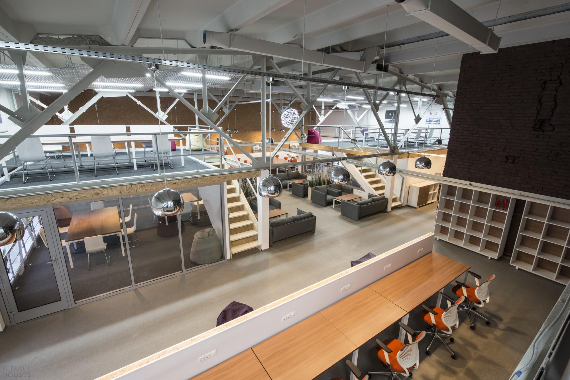 Дизайн современного коворкинг центра Нагатино 2.0