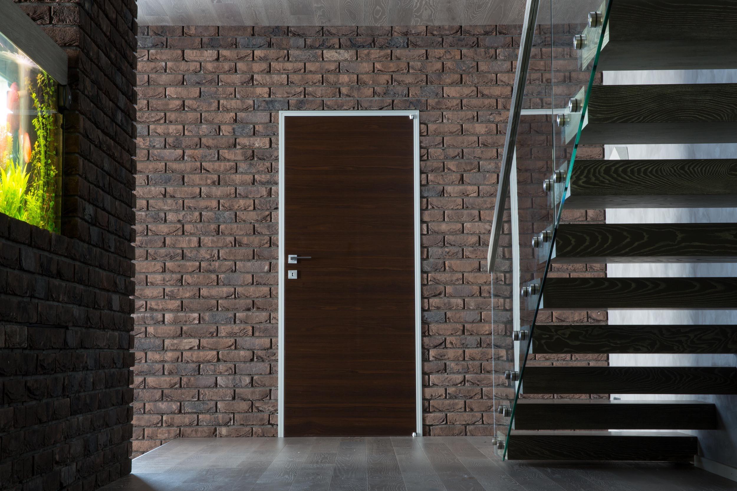Двухэтажный частный дом в Ростовской области