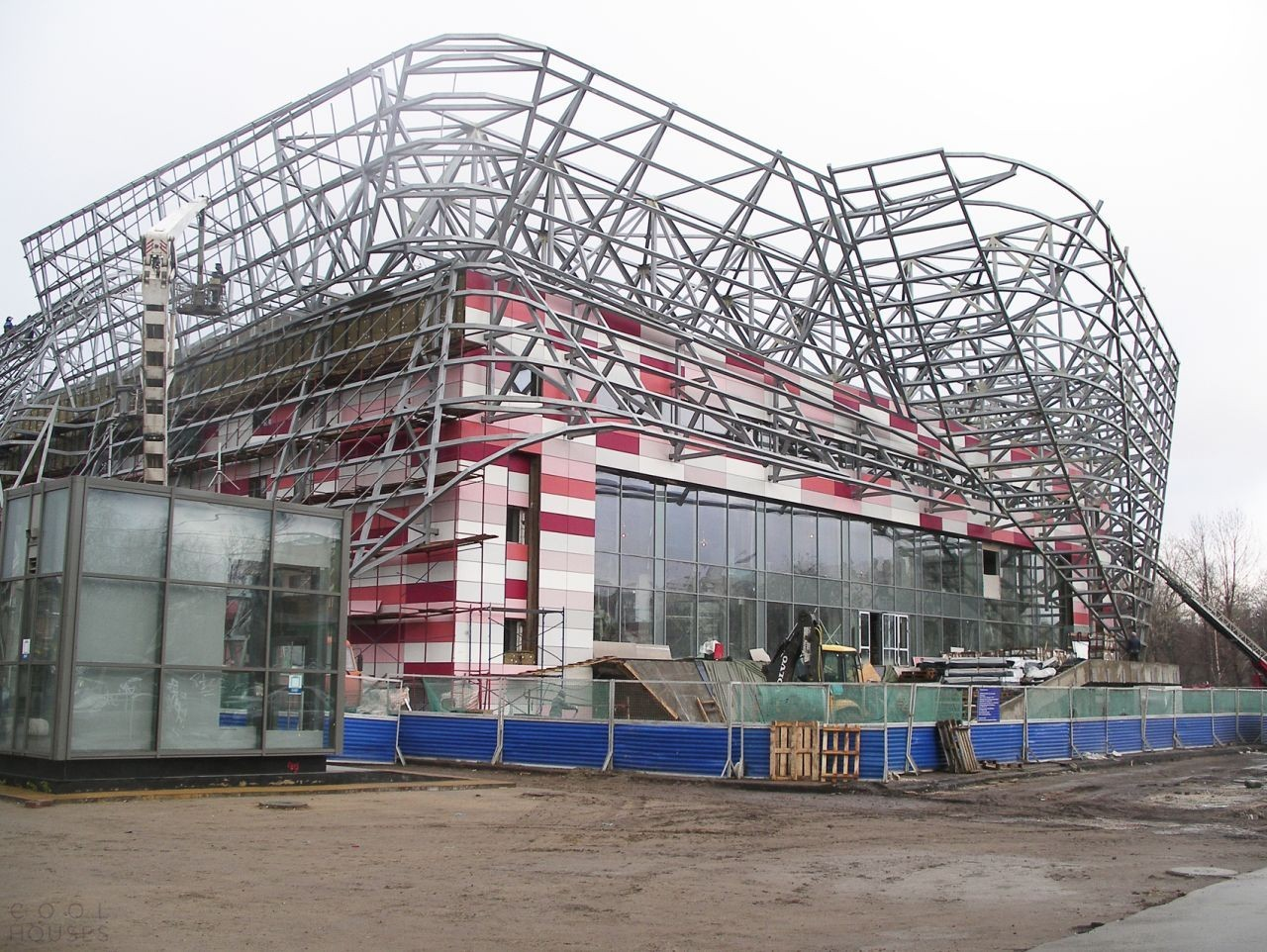 Здание Московского молодежного центра «Планета КВН»