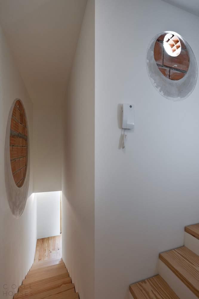 Реконструкция старой пекарни в жилой дом в Португалии