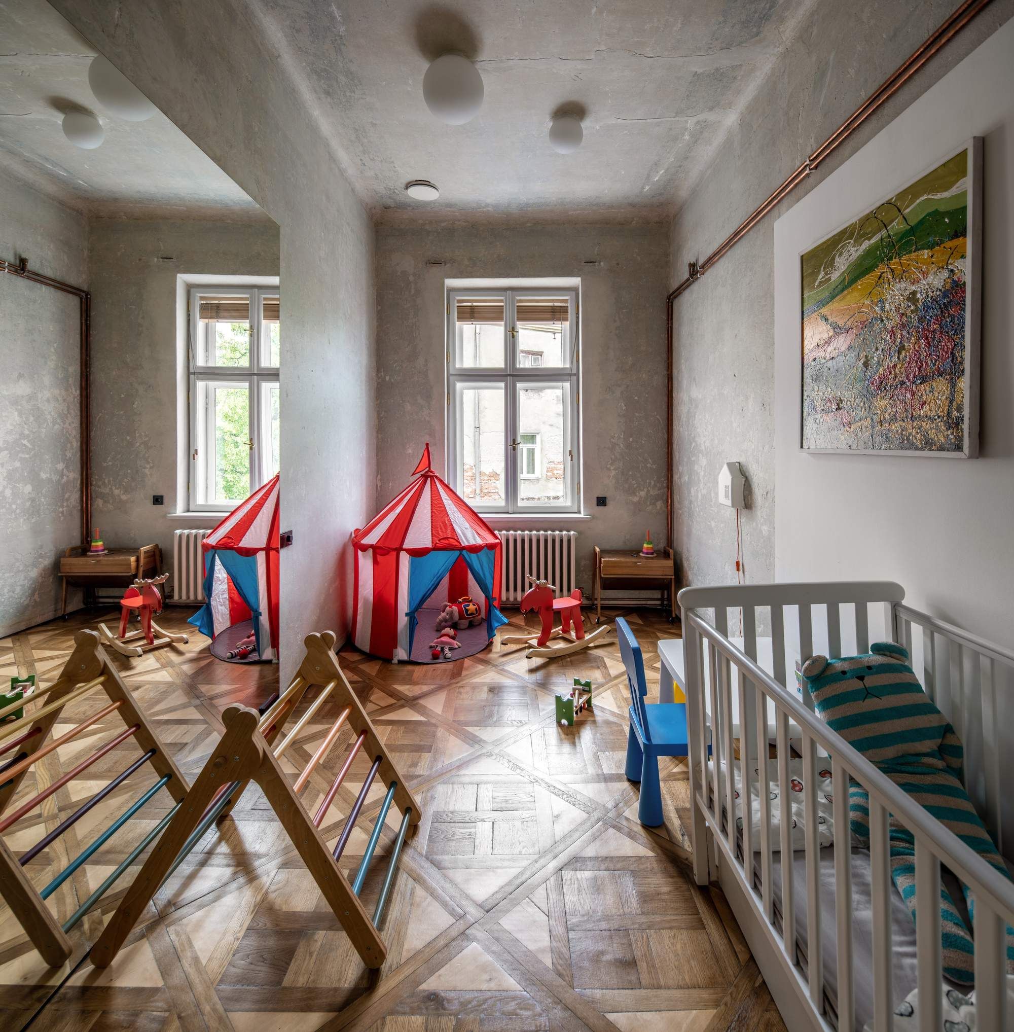 Эффектные апартаменты в гуцульском этническом стиле, Украина