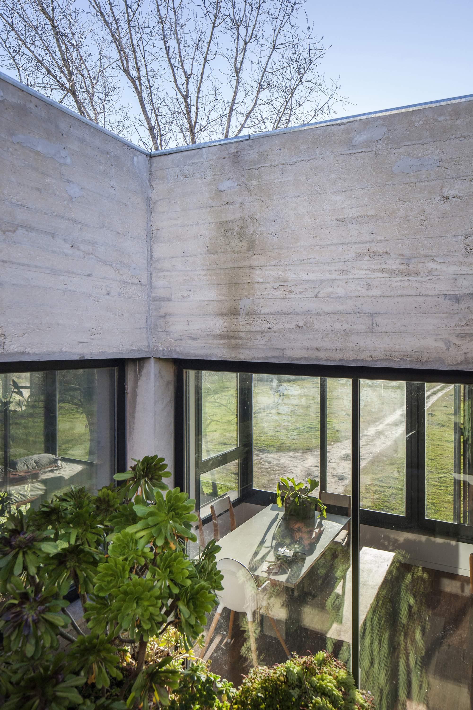 Уютный семейный дом с акцентом на открытые пространства, Аргентина
