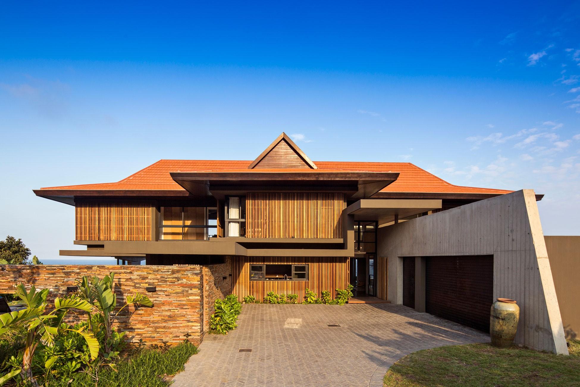Современный пляжный дом с интерьером в стиле фьюжн, ЮАР
