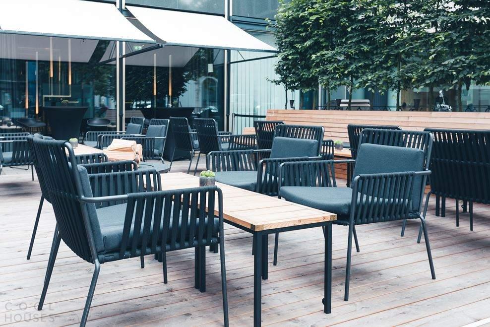 Бар-ресторан «Herzog» с дизайнерским интерьером в Мюнхене, Германия