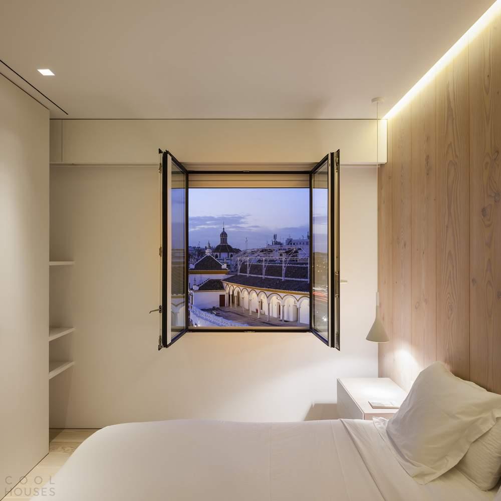 Квартира с панорамным видом на город в Севилье, Испания