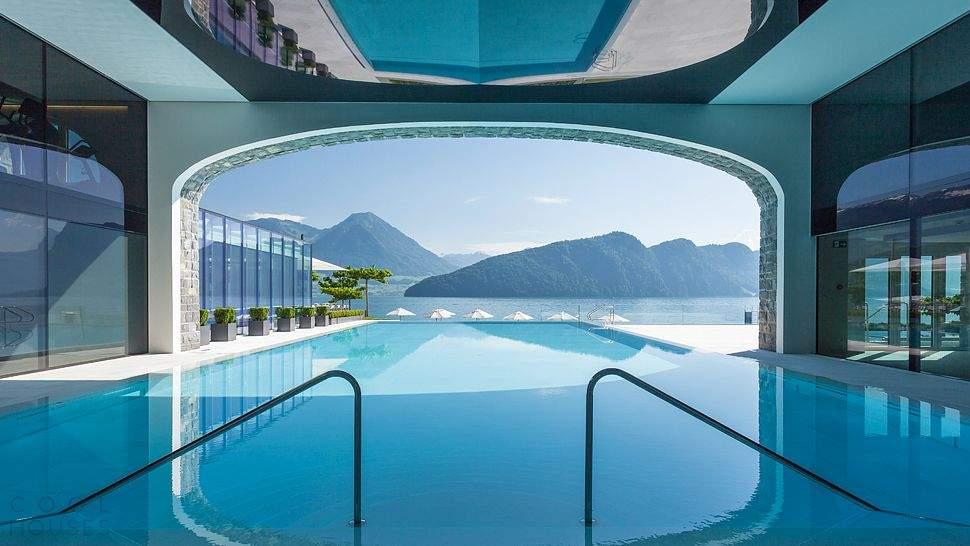 Романтический отель Park Hotel Vitznau на берегу озера Люцерн, Швейцария