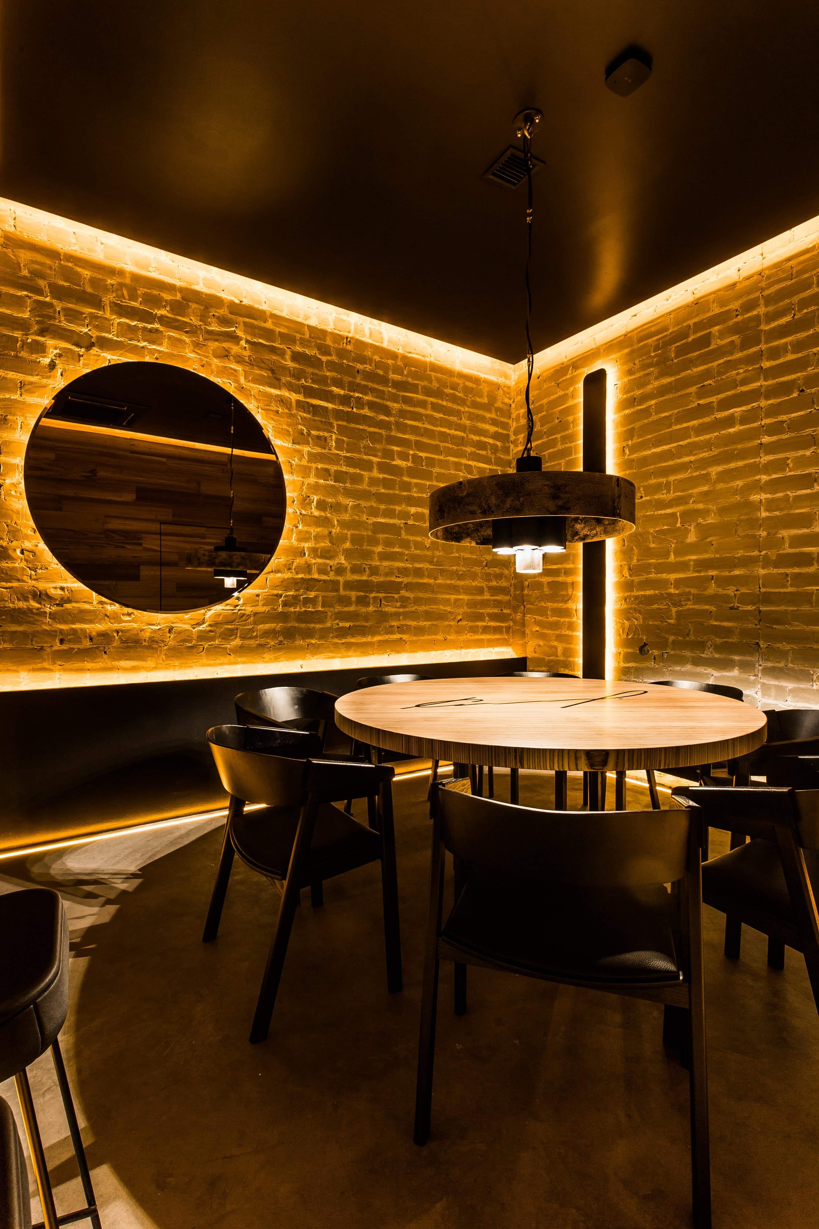 Стильный ресторан-бар The Rooms, Украина
