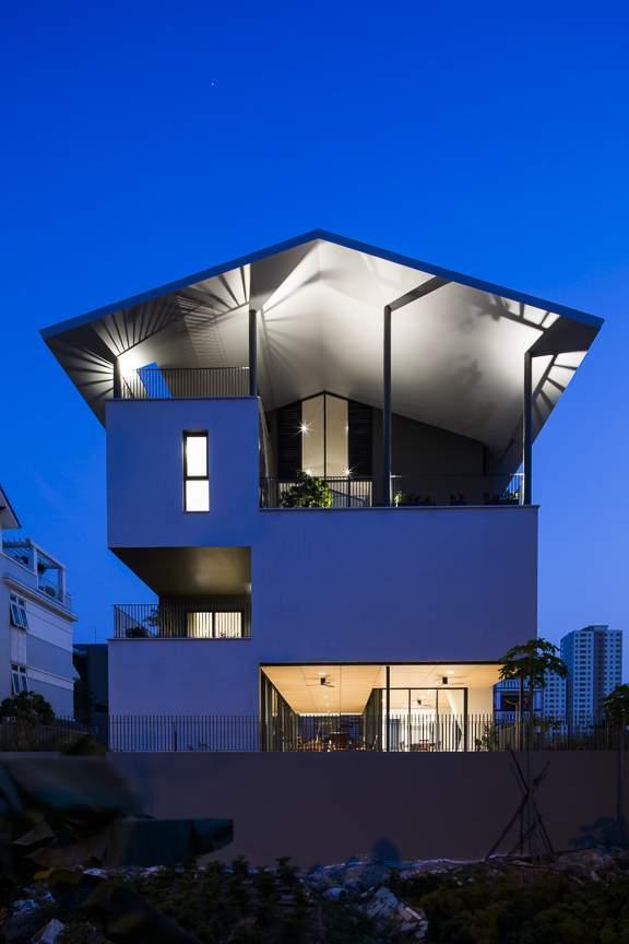 «Плавучий дом» с элегантной воздушной архитектурой, Вьетнам