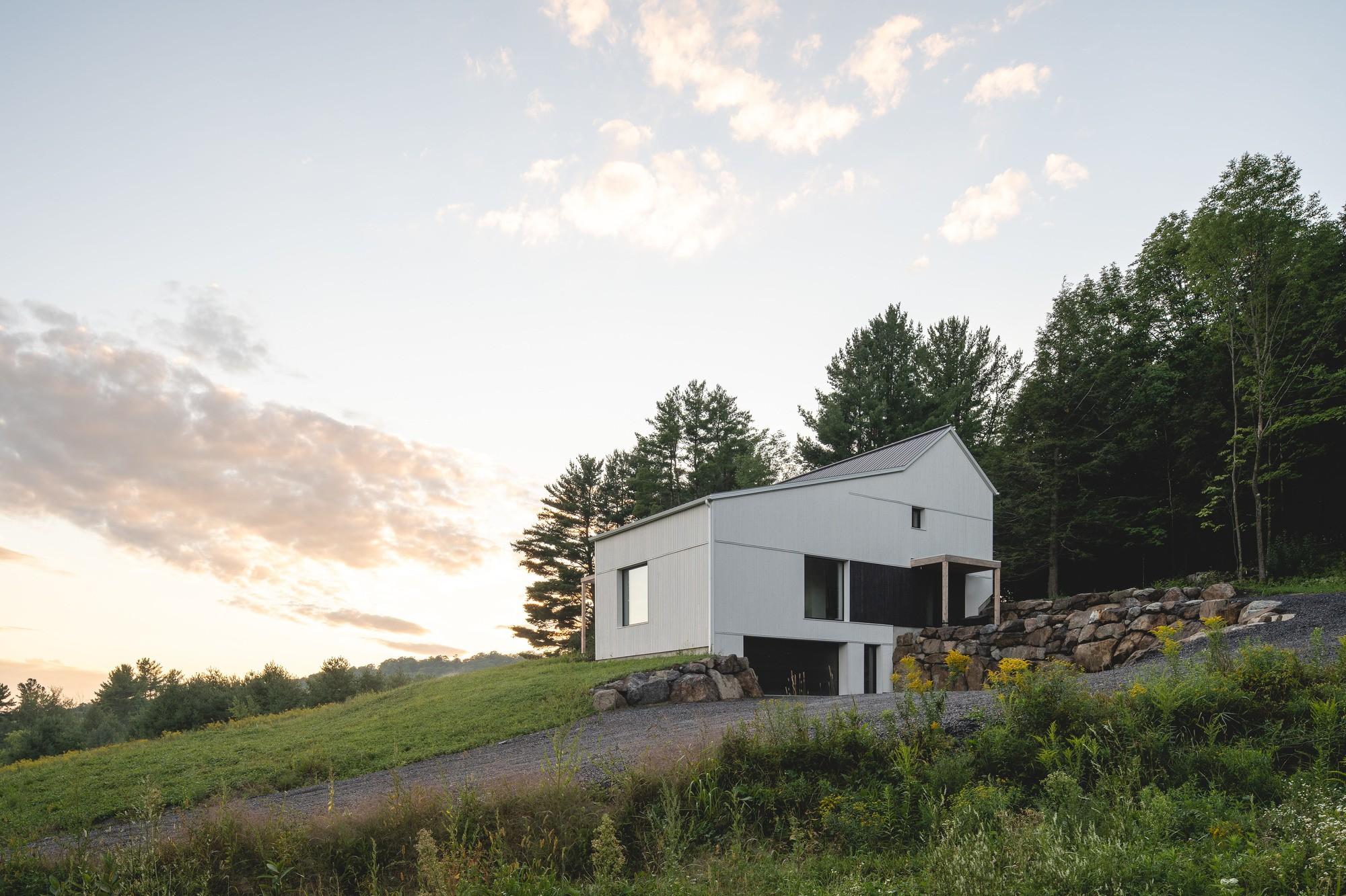 Пассивный дом на окраине заповедного леса