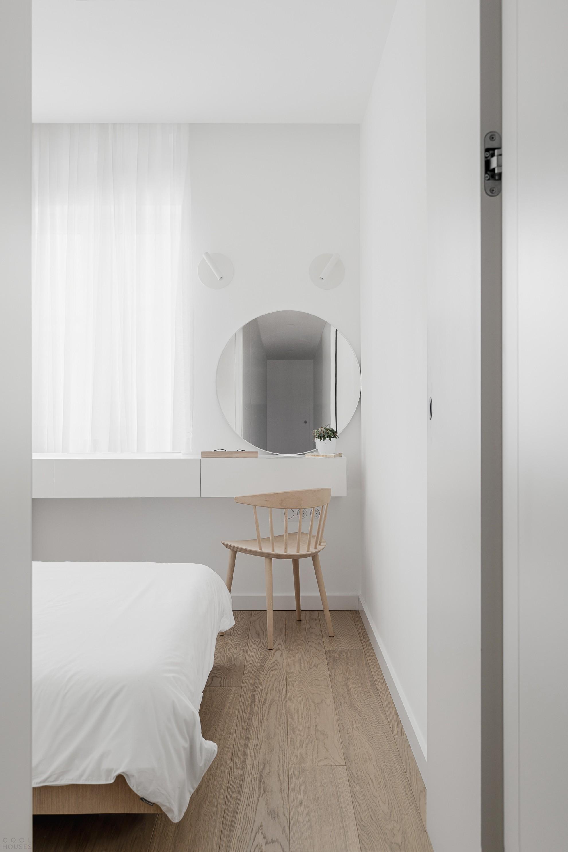 Небольшая квартира с трансформируемым «многосюжетным» интерьером