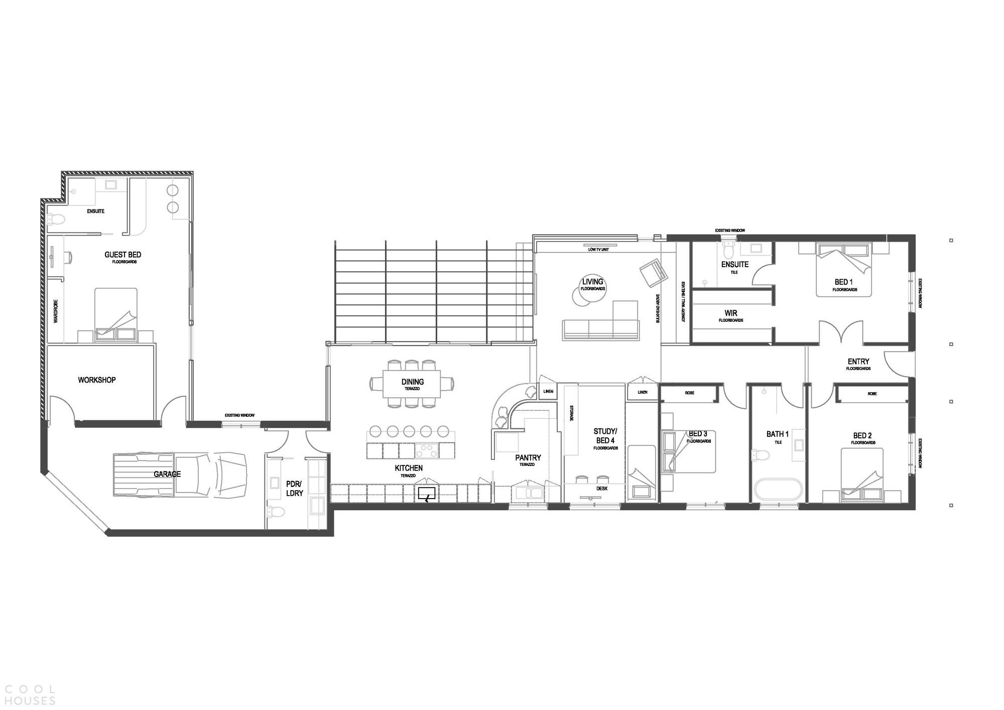 Преображение старого дома в уютный семейный особняк
