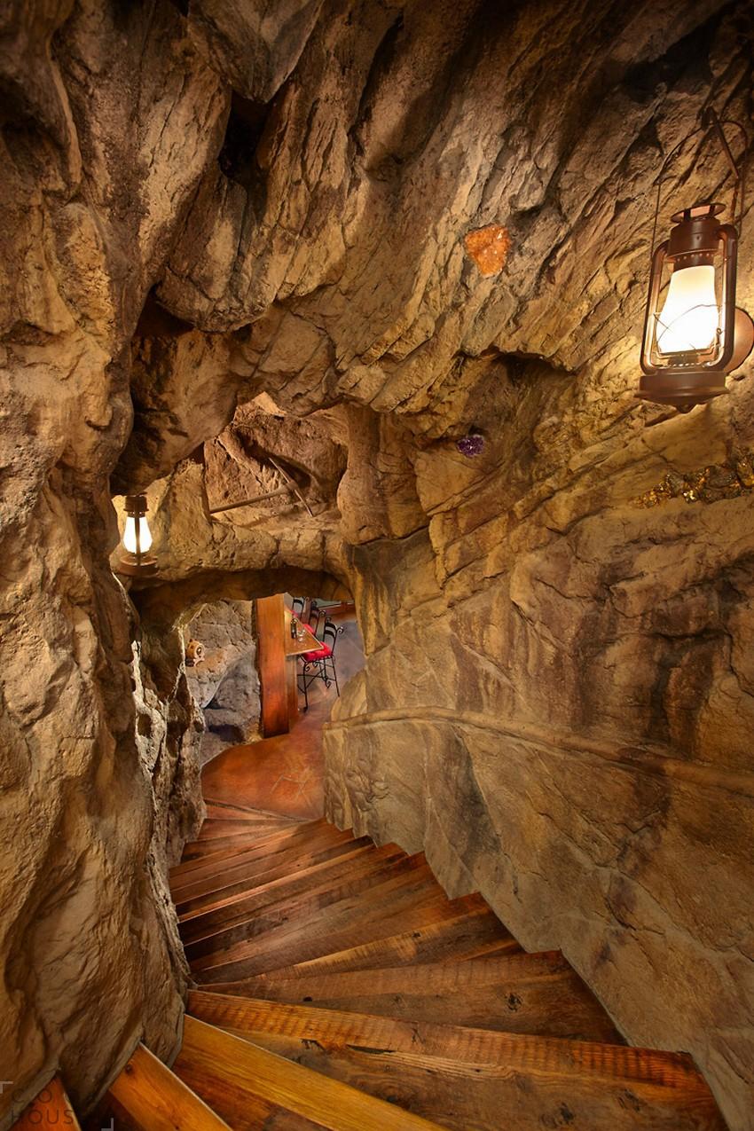Потрясающий особняк с великолепным ландшафтным дизайном