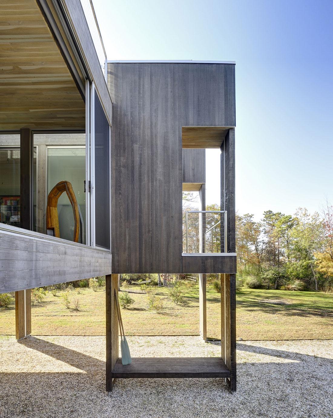 Проект современного загородного дома в гавани