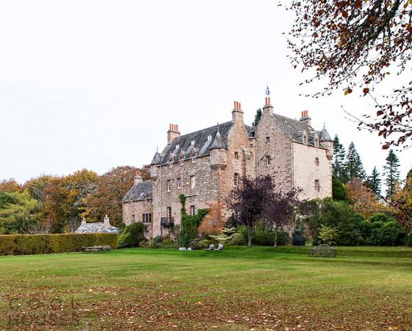 Реконструкция старого шотландского замка 17 века