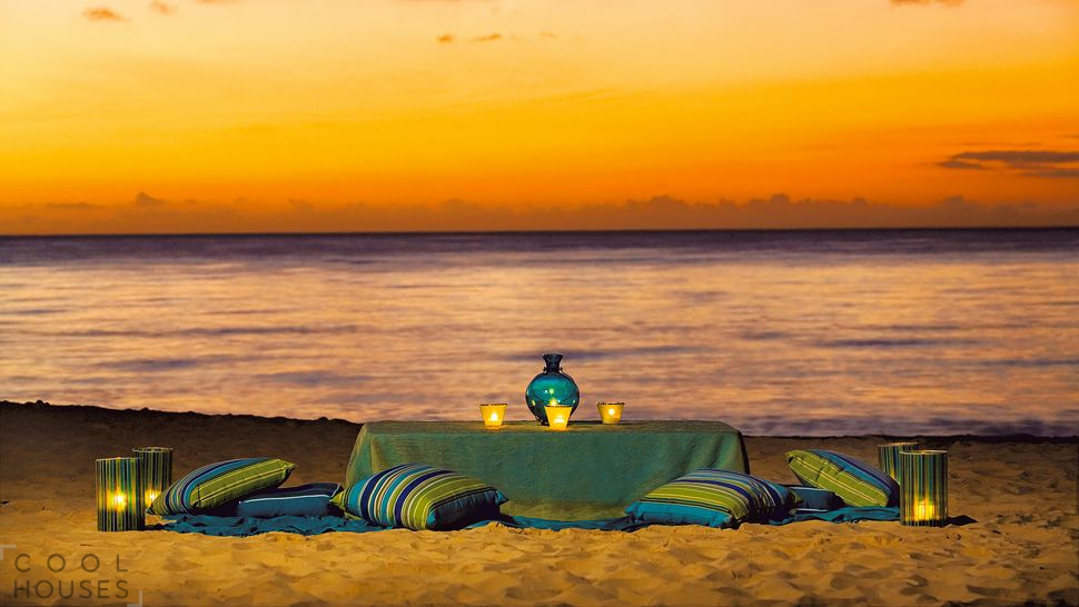 Современный отель Ritz-Carlton на острове Большой Кайман