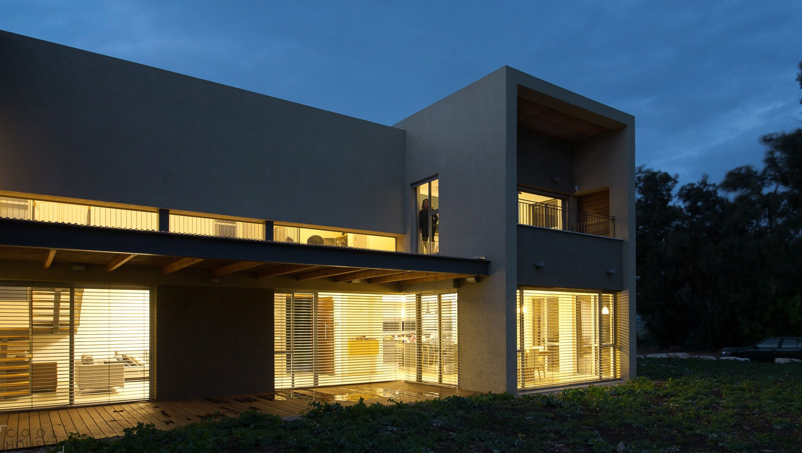 Великолепный современный дом в стиле минимализм