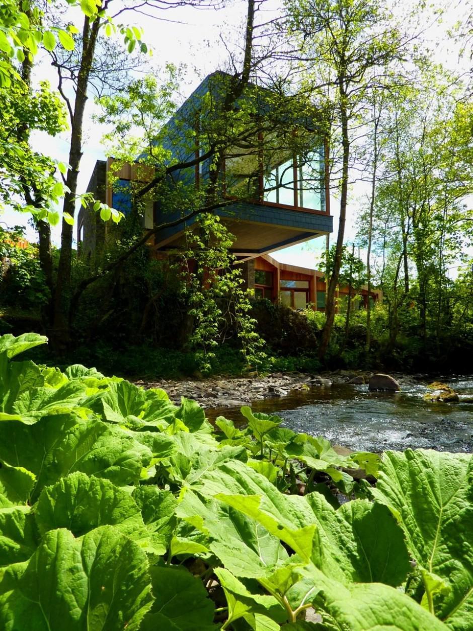 Дом около реки в Вельсе