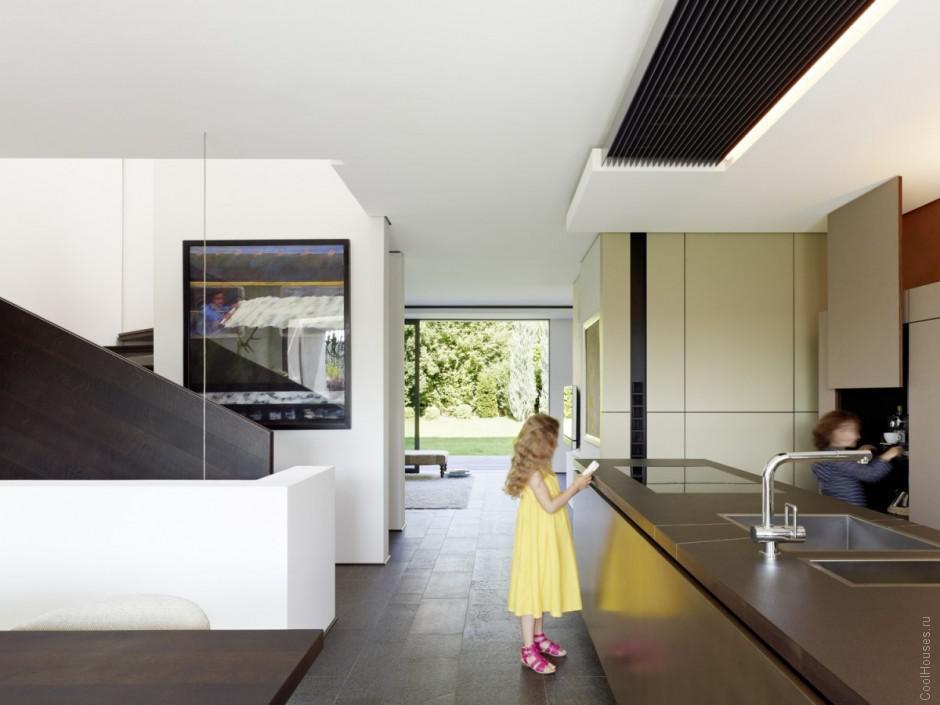 Современный дом для большой семьи