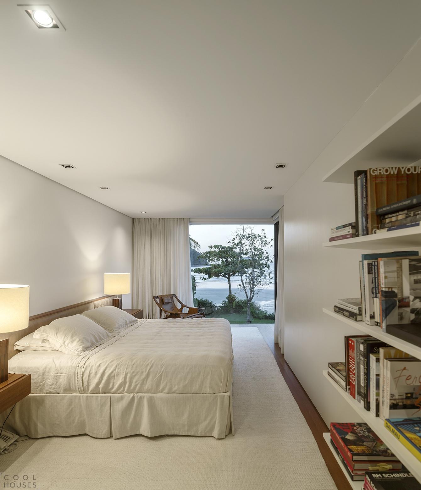 Четыре роскошные резиденции на холмах Сан-Паулу, Бразилия