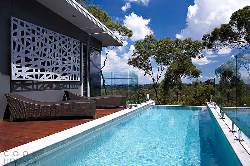 Современная резиденция по проекту архитектурной студии Artas Architects & Planners