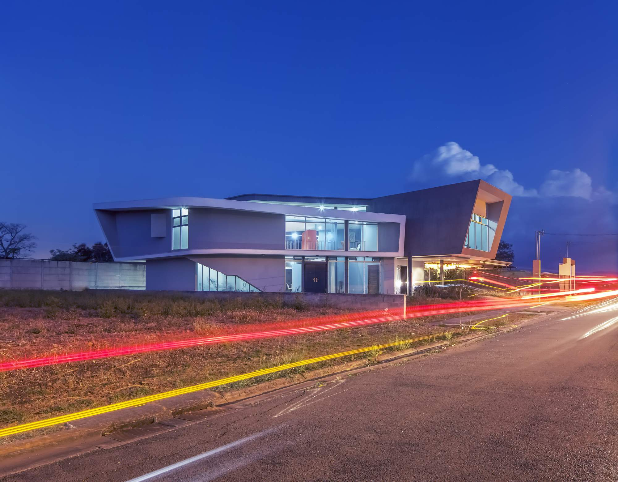 Особняк с ярким дизайном в Коста-Рика