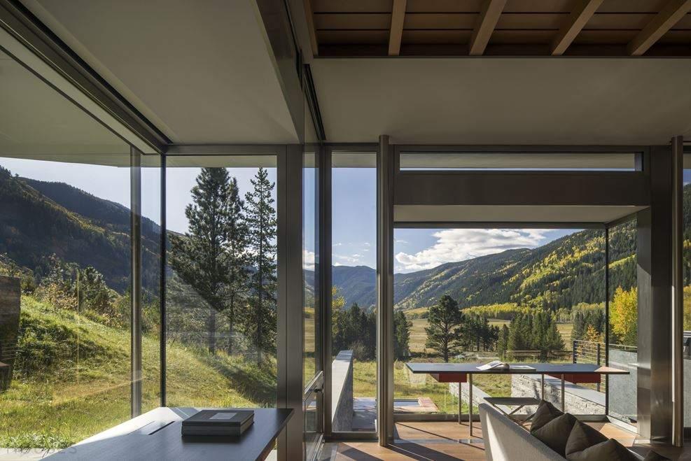 Роскошный дом с видом на горы в Колорадо, США