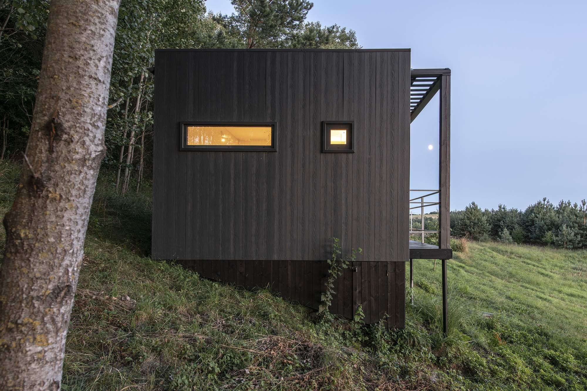 Домик для отдыха в лесу, Литва