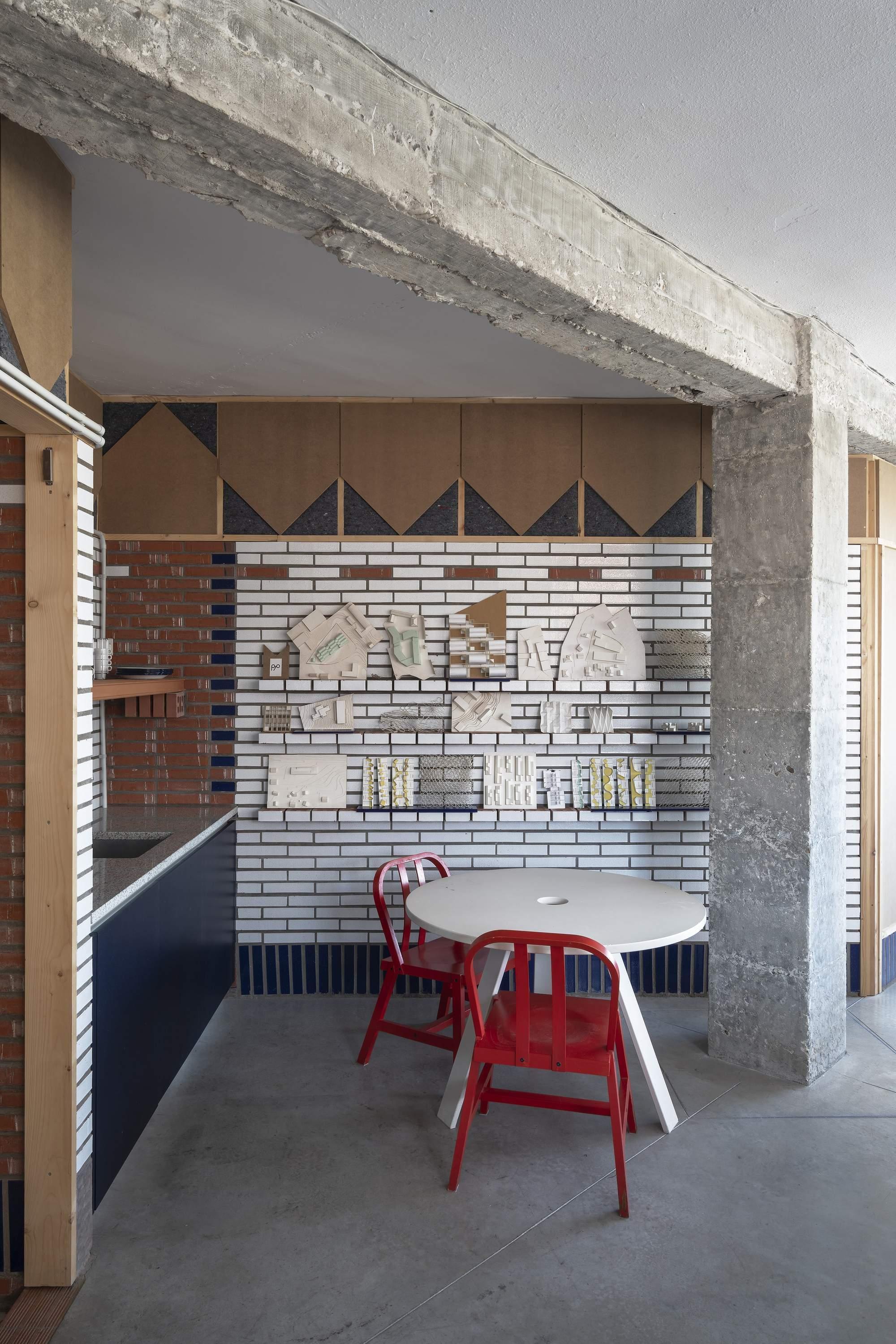 Преобразование промышленного пространства в уютное жилье, Испания