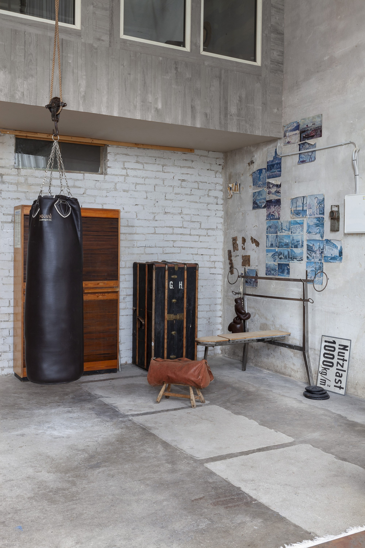 Студия-лофт на бывшем заводском складе