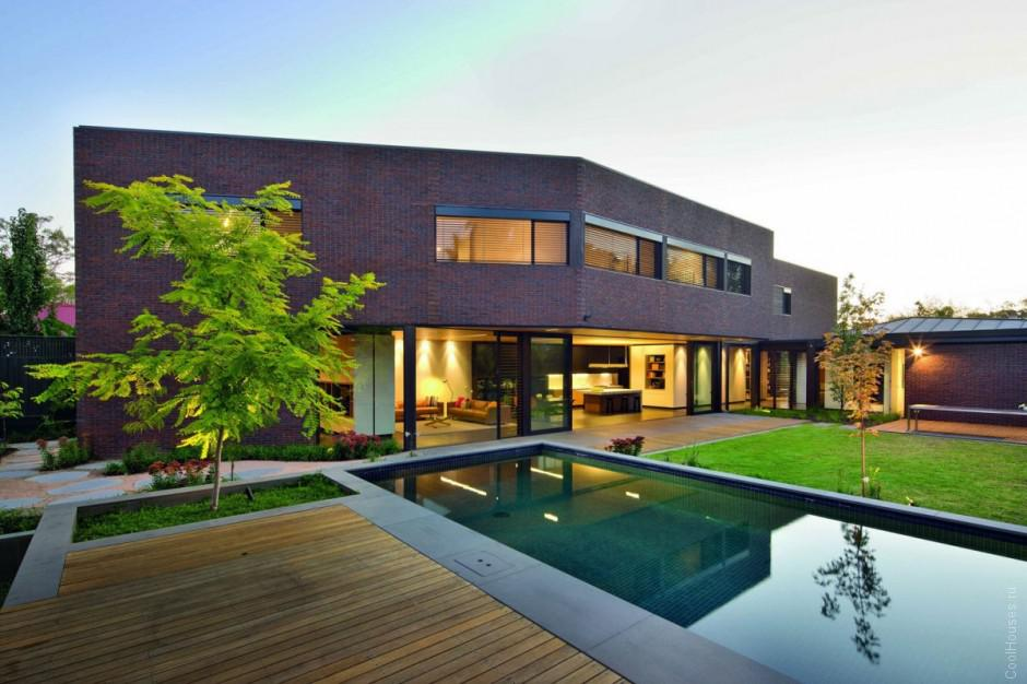 Современная резиденция для большой семьи