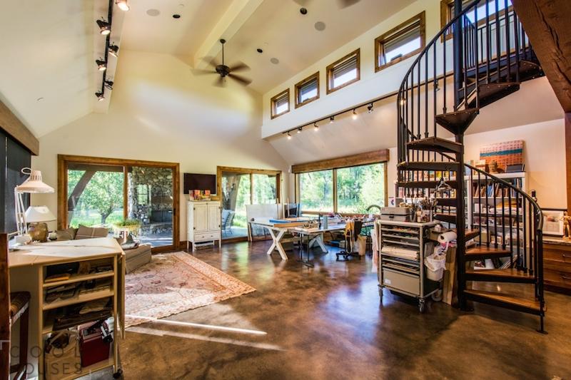 Дом с уютным теплым интерьером в штате Юта, США