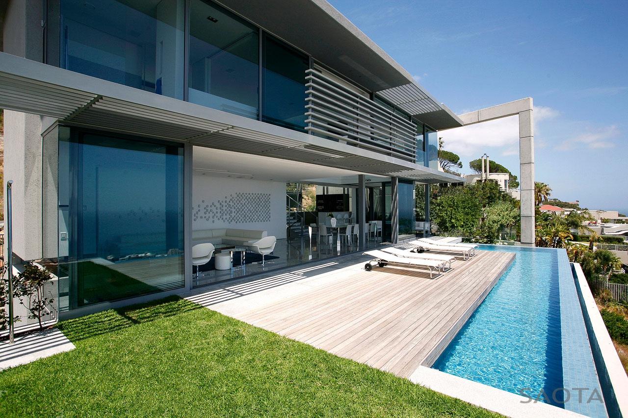 Дом в стиле Хай-Тек с шикарным видом на океан