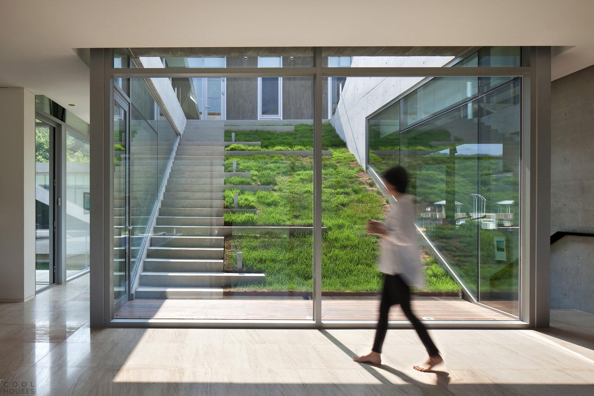 Футуристичный дом Ривенделл в Южной Корее
