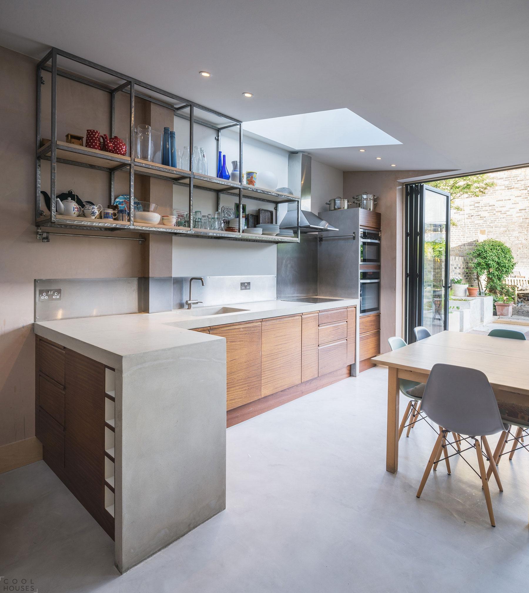 Небольшой уютный дом в Англии