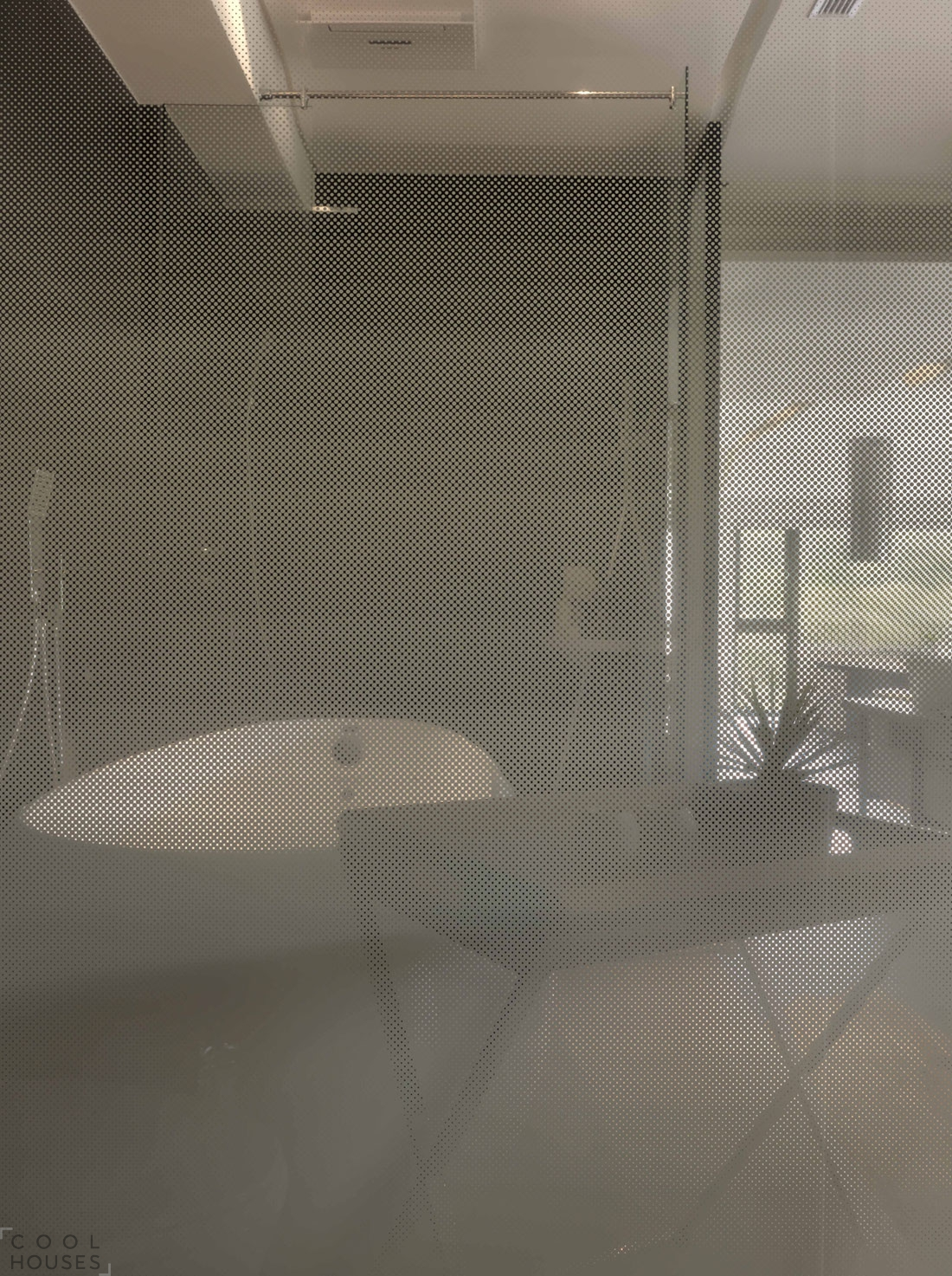 Современный стильный особняк по проекту J.C. Architecture