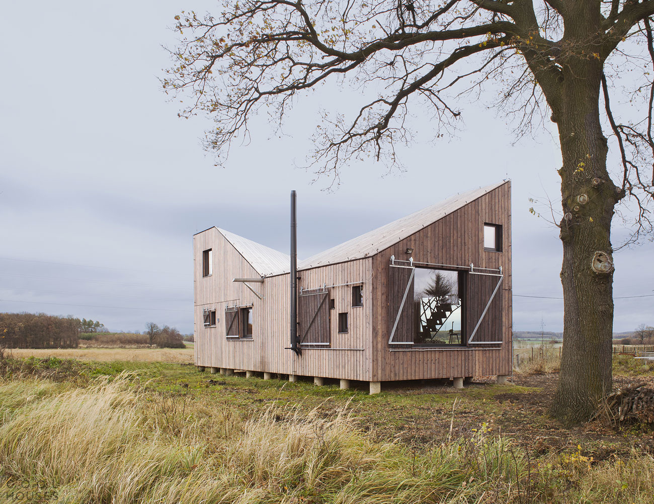 Загородный эко-дом в традициях современного модернизма в Чехии