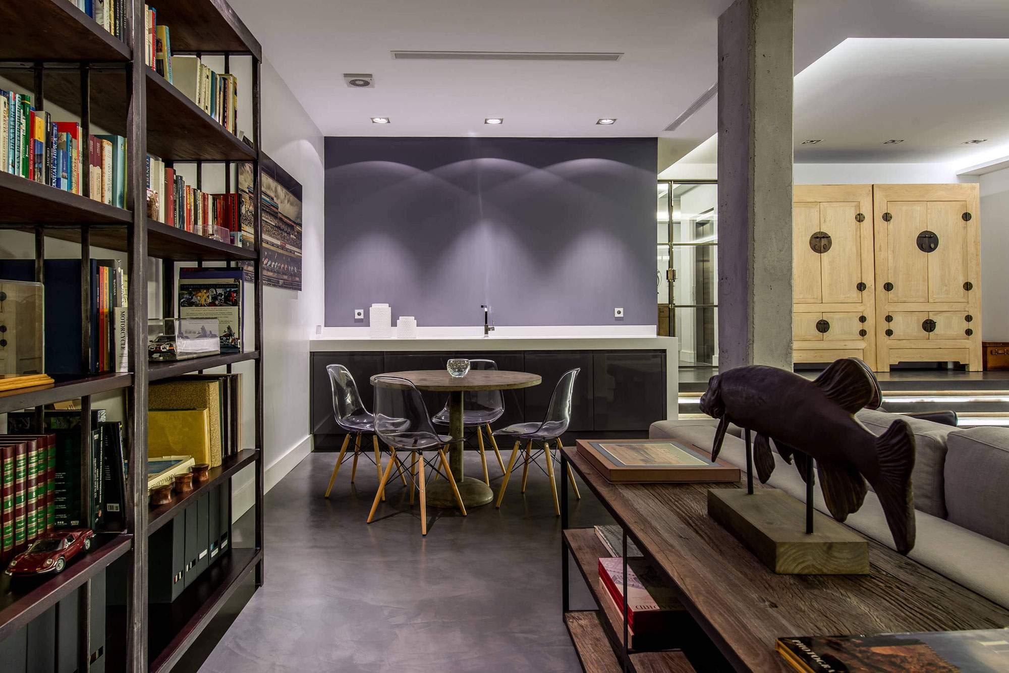 Апартаменты с элементами промышленного стиля в Испании
