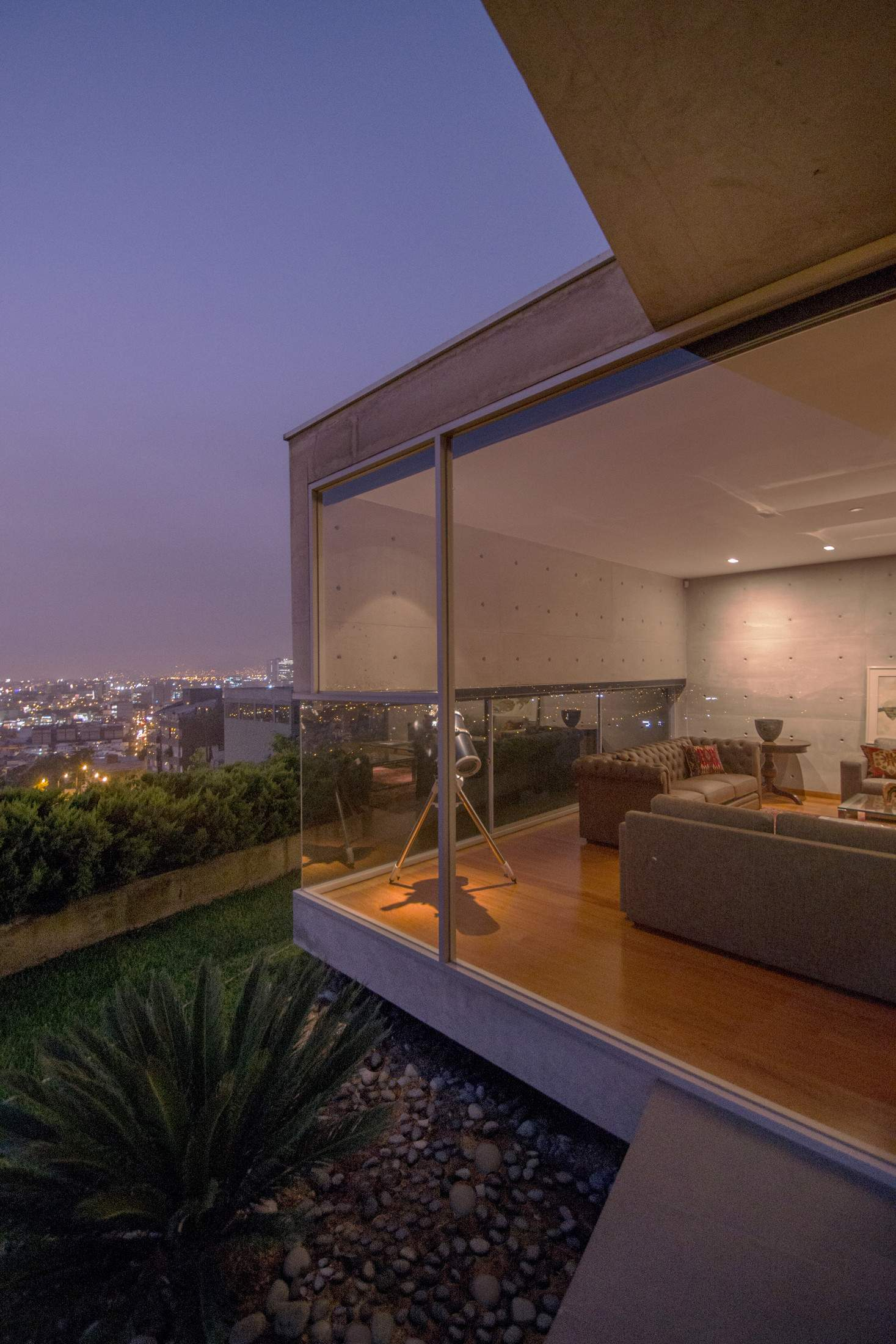 Роскошные апартаменты с видом на городской пейзаж