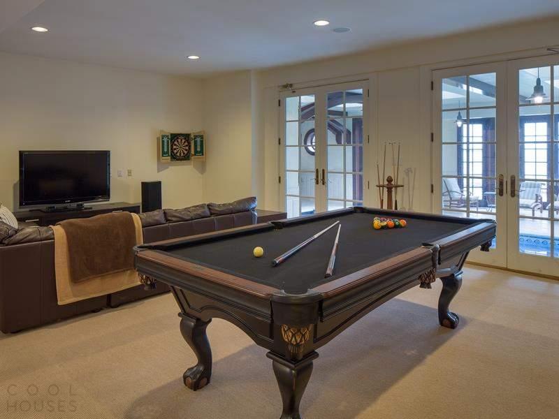 Роскошный классический особняк в США