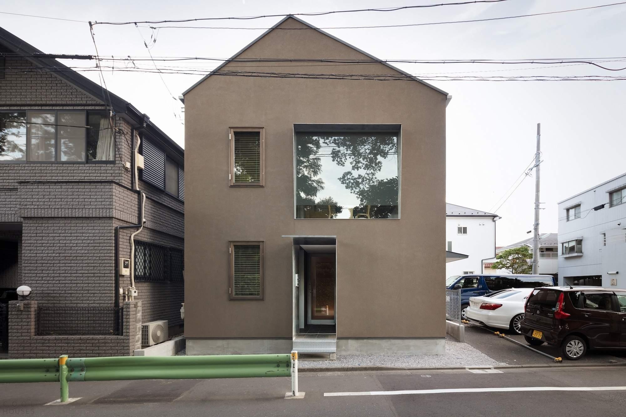 Деревянный жилой дом-офис в Японии