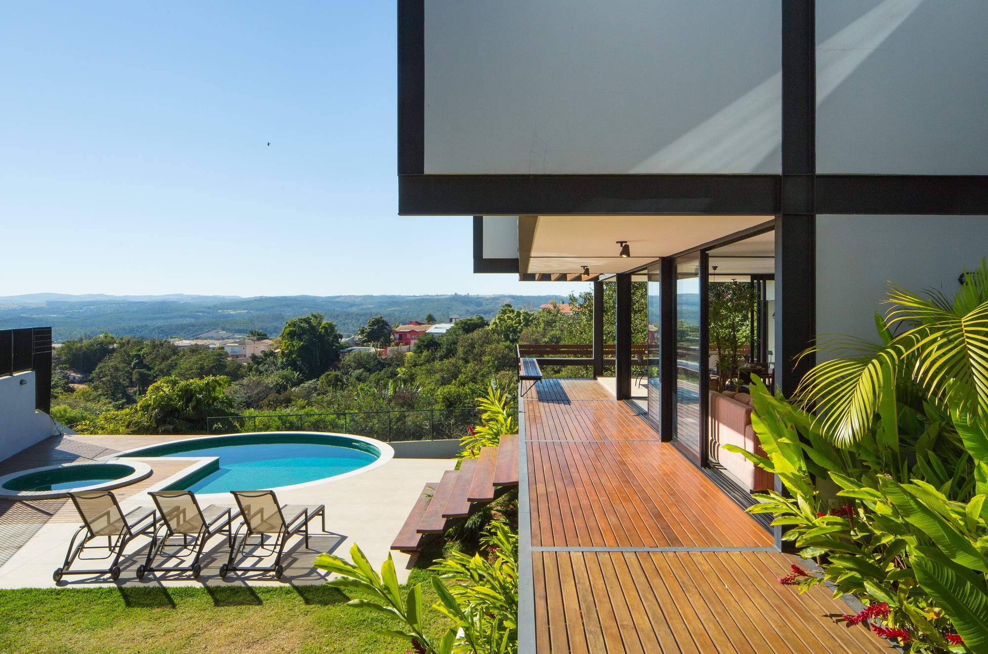 Вилла MT House в Бразилии