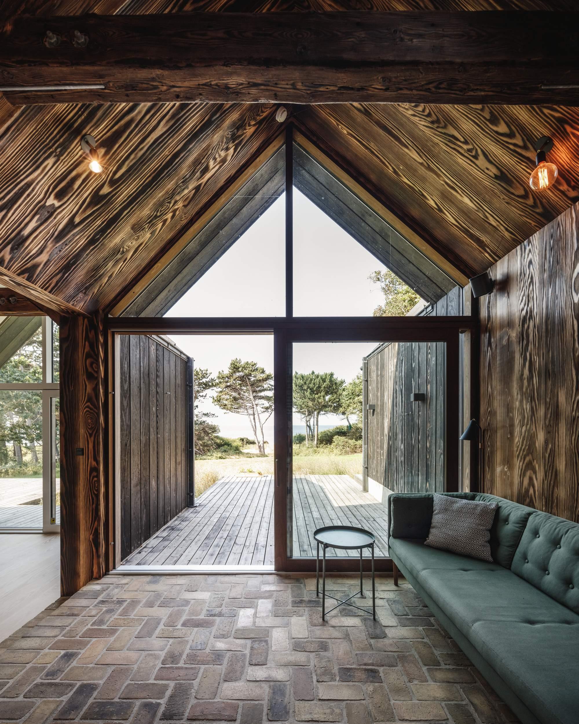 Экологичный дом для отдыха из древесных отходов, Дания