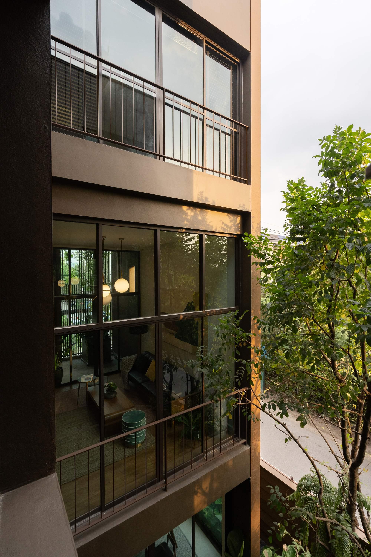 Многоквартирный зеленый таунхаус в Таиланде