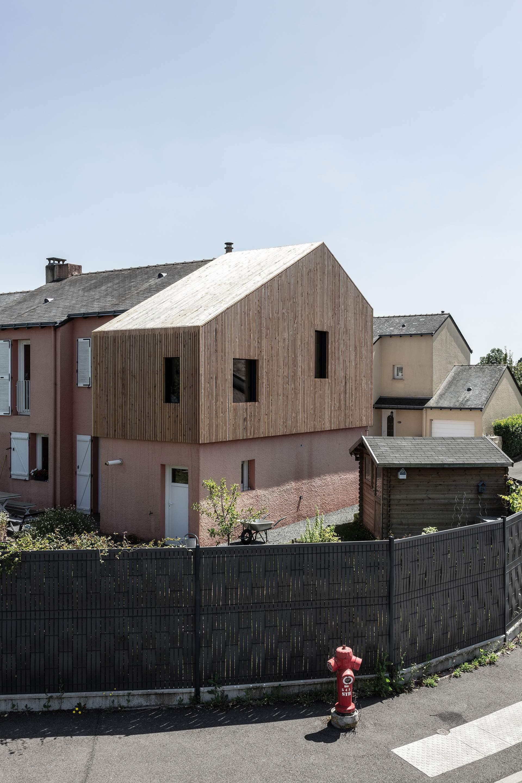 Расширение старого дома LRVO во Франции