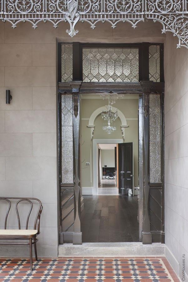 Большой особняк Викторианской эпохи