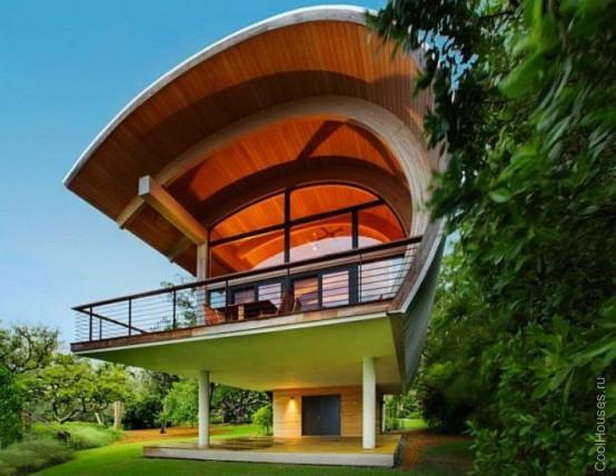 Маленькая гостиница в форме гамака