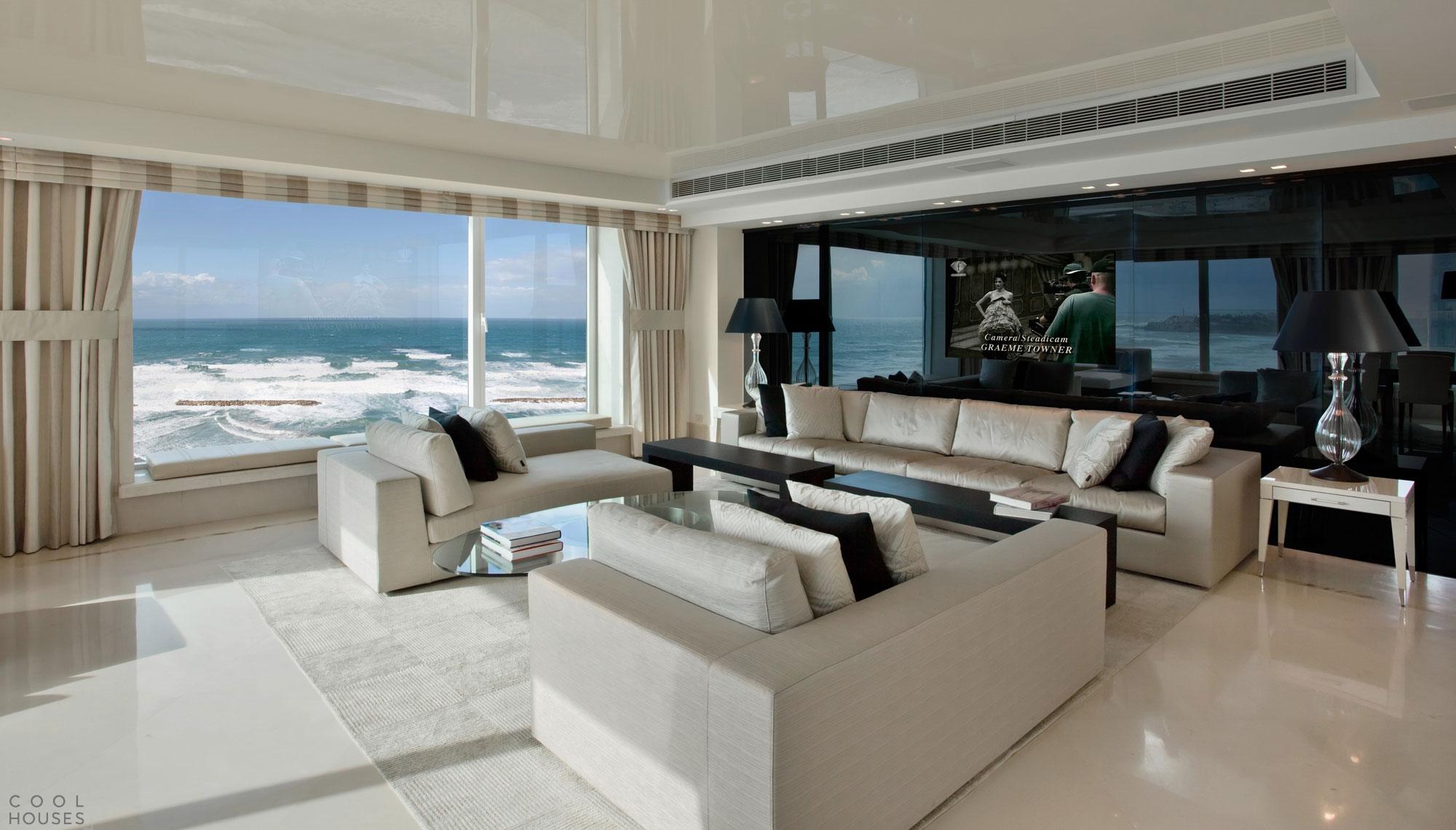Роскошная городская квартира на берегу Средиземного моря в Тель-Авиве