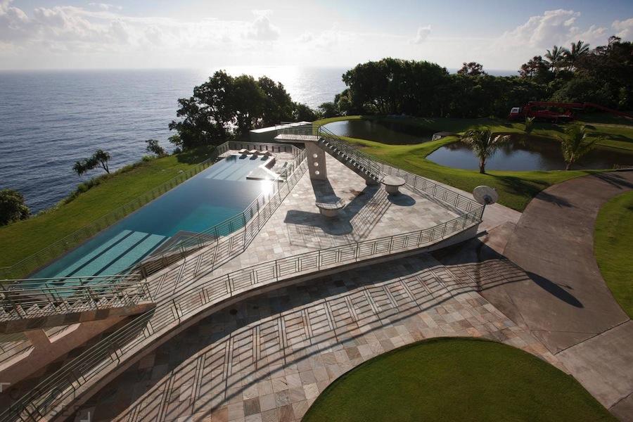 Роскошный дом на берегу Тихого океана