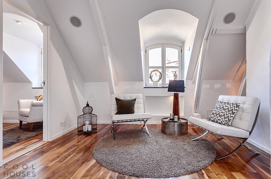 Современный двухэтажный пентхаус в скандинавском стиле