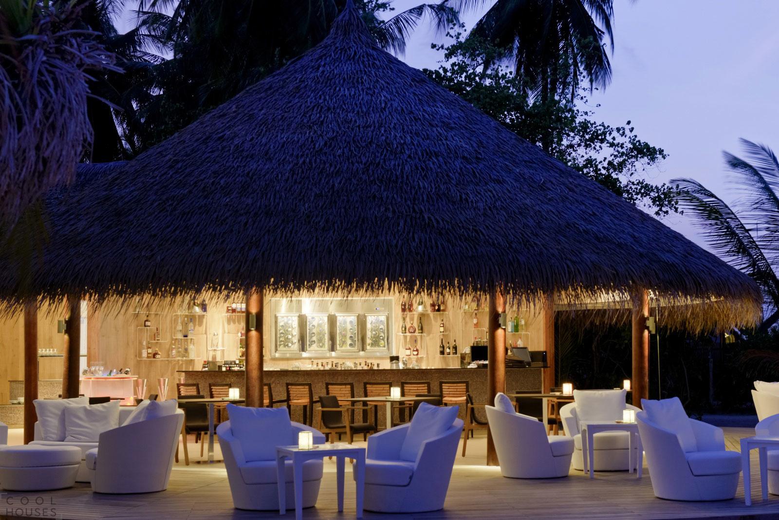 Шикарный отель Kandolhu Island на Мальдивах
